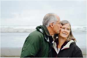 Why Seniors Turn to CBD Oil Supplements
