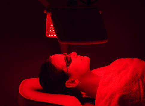 red light therapy healing